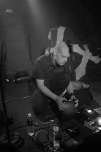 NoLongerHuman+concert1